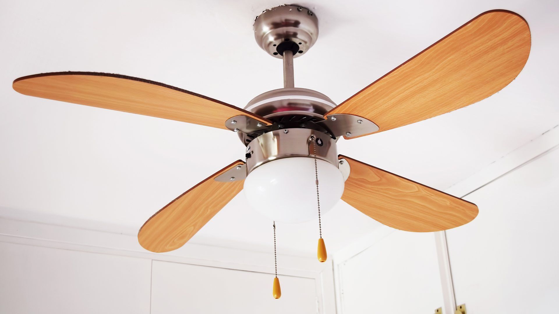 fan blades cleaning